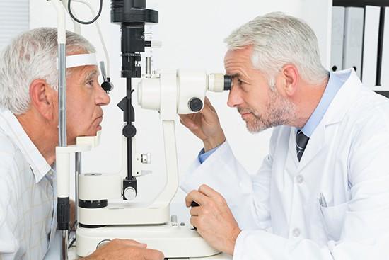 Opthalmologist checking for glaucoma