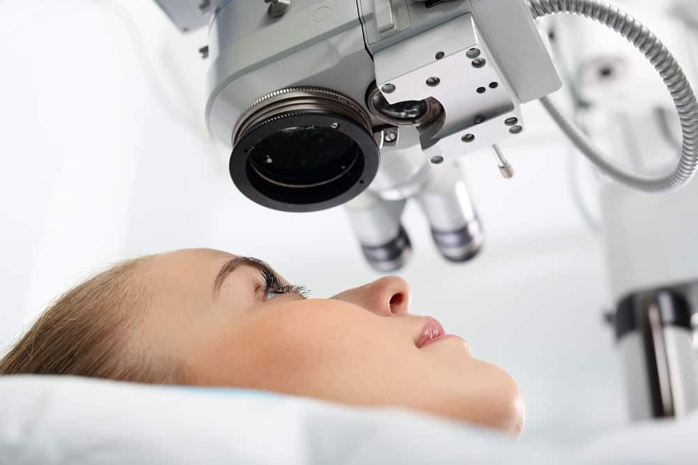 What is the First Sign of Cataracts?